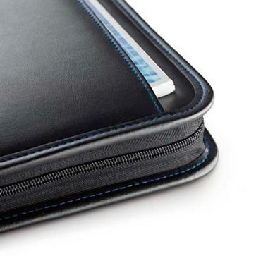 Portafolios A4 polipiel con calculadora.