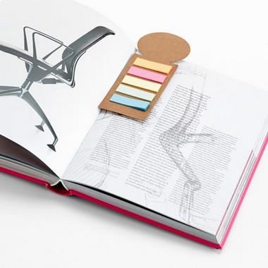 Marcador de libros cartón con post-it