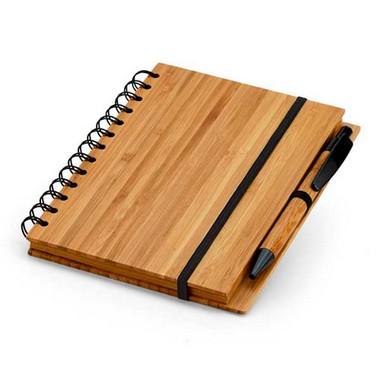 Libreta de notas bambú con goma.