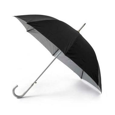 Paraguas clásico negro fondo plata.