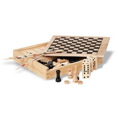 4 juegos en caja de madera